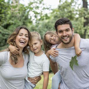 幸せ家族のペアルック!オリジナルTシャツをおそろいで着よう