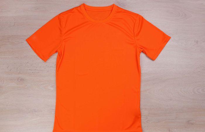 速乾性が高いスポーツブランド「GLIMMER」のTシャツを自分好みに!