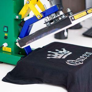 チームワーク向上に効果あり?会社でオリジナルTシャツを作るメリット